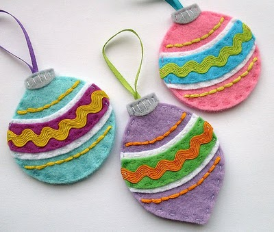 diy-felt-christmas-tree-ornaments-18