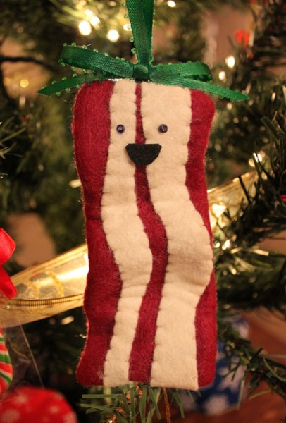diy-felt-christmas-tree-ornaments-2