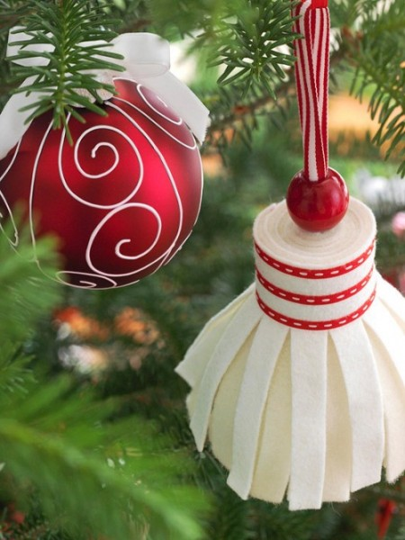 diy-felt-christmas-tree-ornaments-38-500x666