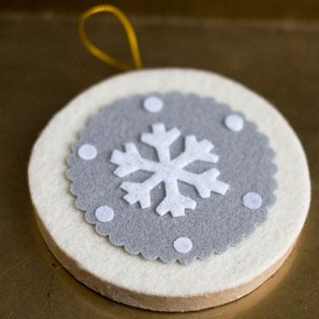 diy-felt-christmas-tree-ornaments-43
