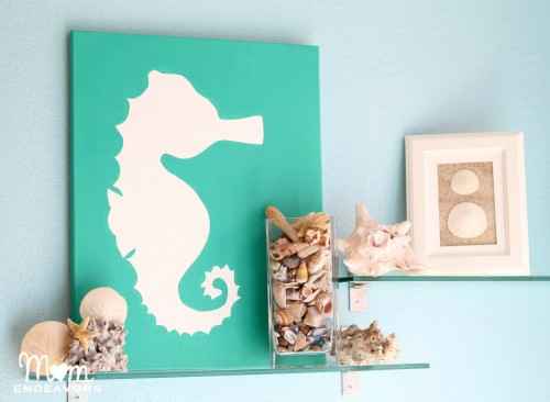 DIY-Beach-themed-Bathroom-Art